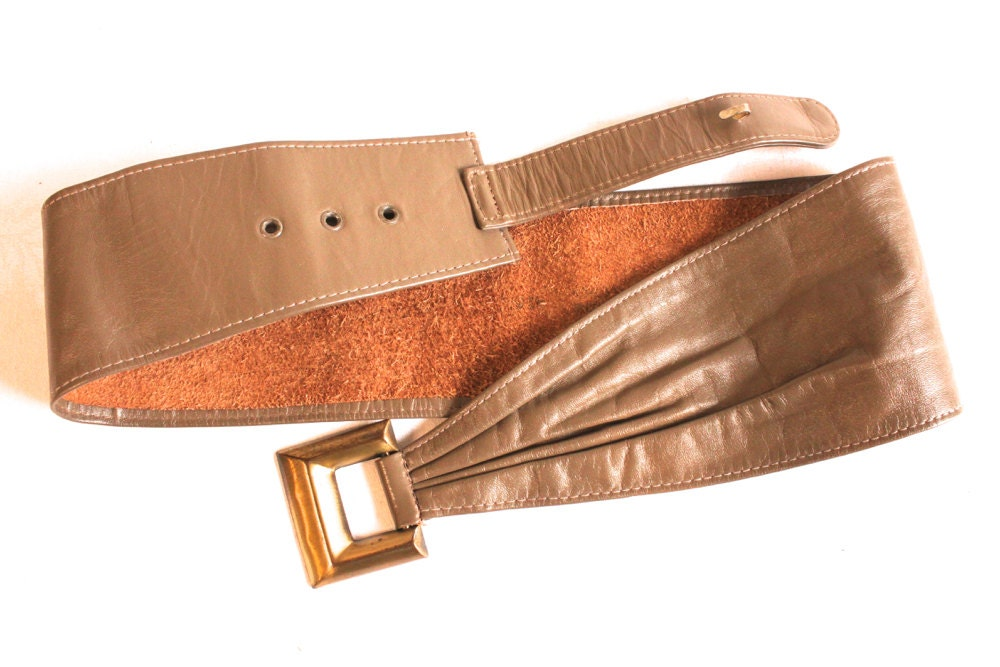 vintage brown leather belt with gold toned buckle by