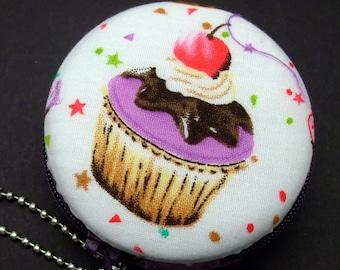 6.5cm Macaron / jewelry pouch / Macaron coin purse / ear phone case -- Cupcake