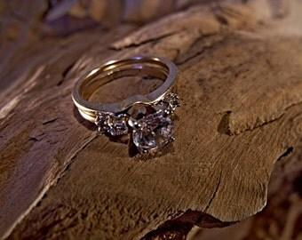 14k Gold Ring, 1k Moisanite, genuine diamonds on jacket RF649