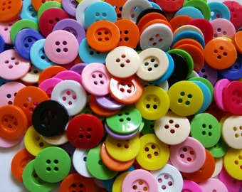 100 pcs  mix color 4 holes buttons  size 15 mm