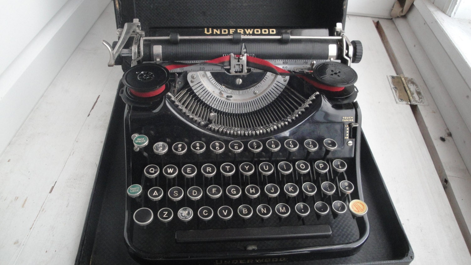 portable machine crire underwood vintage des ann es 1930. Black Bedroom Furniture Sets. Home Design Ideas