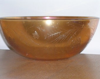 Carnival Glass Salad Bowl by Jeannette Glass 1950s