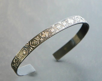 Geometrical Motif Bangle, Oxidized Silver Cuff, Japanese Hand Engraving Jewelry