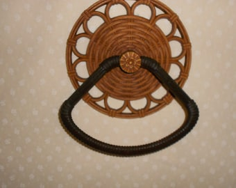 Brown Round Towel Wicker look from Dart