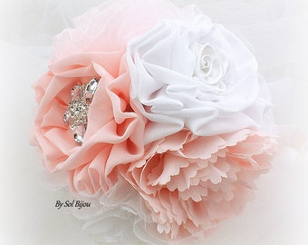 Toss Bouquet, Brooch Bouquet, White, Blush, Pink, Vintage Style, Elegant Wedding, Maid of Honor, Wedding Bouquet, Lace, Chiffon, Crystals
