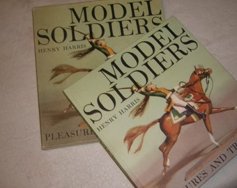 Model Soldiers Collecting Reference Book / 1962 / MINT