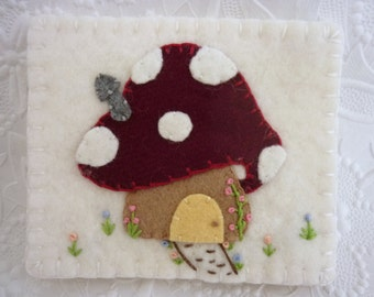 Felt Needle Book Mushroom Case Pinkeep Needlebook Pins Primitive Quilter