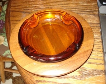 1960's Indiana Glass Amber Ashtray W/ Wood Base NOS