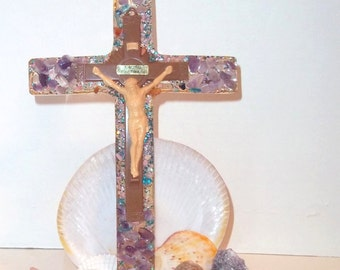 Resin Sea Shell Grotto Shrine ,souvenir Crucifix and Christ,Funky  Resin and plastic crucifix surrounded seashells and rocks