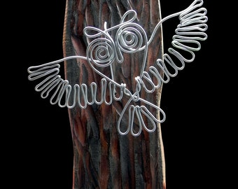 An Owl  Wire  Wall Sculpture 028