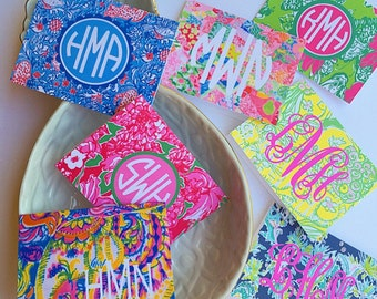 Monogram lily folded note cards