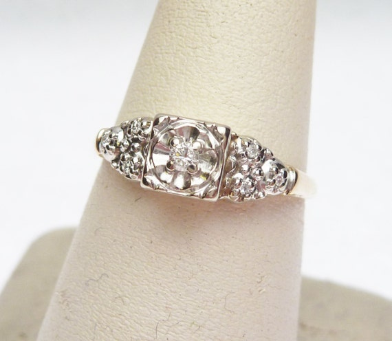 14kt 10 ptw Diamond Illusion Head Engagement Ring