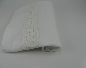 Handmade Linen Towel with Lace / Tea Towel / Hand Towel / Guest Towel --- White (set of 2)
