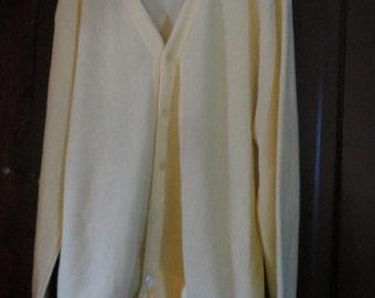 vintage Classics  by PALMLAND yellow  USA 80's Button Up  acrylic Cardigan  sz large