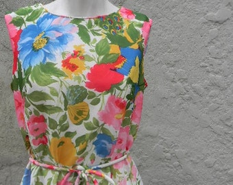 vintage. 60s Nantucket Floral Jersey Maxi Dress // Retro Glam // M to L
