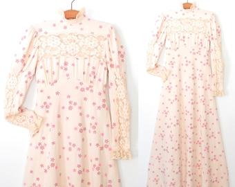 Vintage Dress * 70s Dress * Floral Maxi Dress * Small
