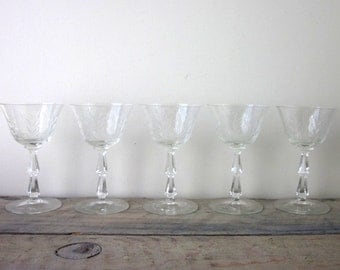 Vintage Etched Champagne Wine Glasses Set of Five Barware