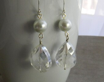 Long Crystal and Pearl Earrings, Handmade dangle earrings with crystal teardrops and white pearls, Sterling Silver Bridal Jewelry