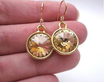 SALE -- Peach Drop Earrings -- Gold & Peach Earrings -- Peach Crystal Dangles -- Light Peach Earrings -- Peach Swarovski Dangles -- Drops