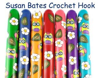 Crochet Hook, Polymer Clay Covered Susan Bates Crochet Hook, Owl Design