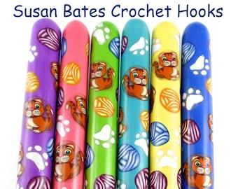 Susan Bates Polymer Clay Covered Crochet Hook, Cats and Yarnballs