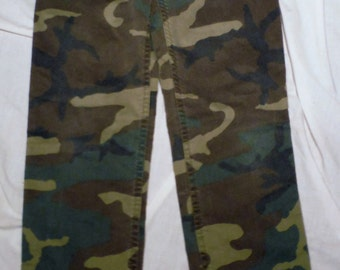 Rare Vintage TEEN Womens Woodland Camo Camouflage Military Styled Scovill Zipper 25 X 27 Fatique Like Trousers Pants (50 % DISCOUNT APPLIED)