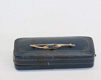 Edwardian Nouveau 10K Gold & Sapphire Bar Pin 1900s Fashion Jewelry
