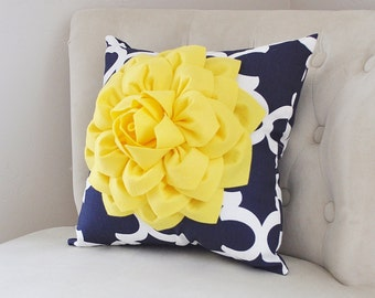PILLOWS Decorative - Bright Yellow Dahlia on Navy and White Quatrefoil Pillow -  Throw Pillow - Decorative Pillows