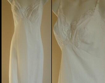 Vintage Slip, Vintage Slips, 1970s Slip, 1970s Kayser, Kayser,  White Full Slip, White Slip, Size 34, Wedding, Romantic
