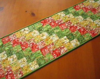 Quilted Table Runner Floral Spring Table Runner Home Decor Green Yellow Patchwork Table Linen Handmade Decor Table Runners Tablerunner