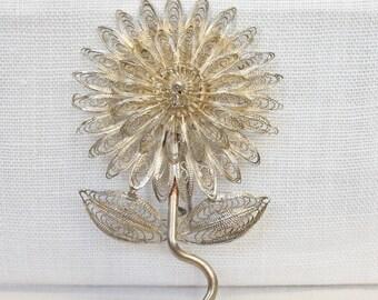 Vintage Silver Filigree Daisy Brooch