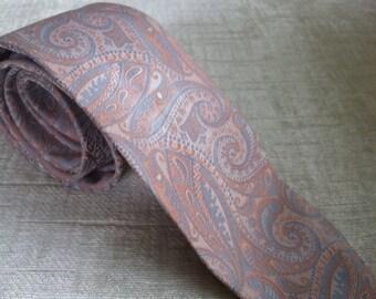 Pale Peach and Lavender Paisley Vintage PAULINE TRIGERE Necktie