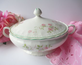 Vintage Pretty Pope Gosser Pink Green Floral Covered Serving Bowl
