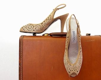 Vintage 1980s High Heels Camel Tan Suede Unworn Heels Cut Out Slingback Peeptoe Shoes / U. S. 8M