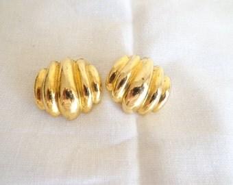 Vintage Gold Tone Shoe Clips