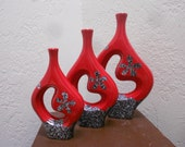 Red Italian Pottery Vases Eames Era Atomic Kitsch Graduated Grouping - Large Mid Century Modern Chic