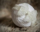 Simply knitted newborn head wrap - Ivory