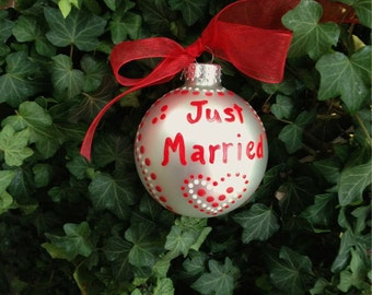Just Married Ornament, Personalized Wedding Gift, Red and White Heart, Christmas Bauble, Dot Painting, Zentangle Christmas Ornament