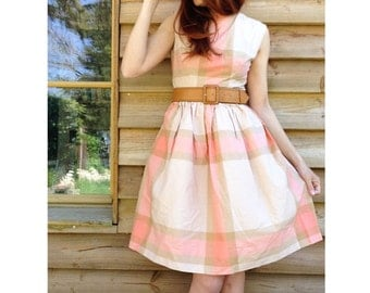 French 1950s Vintage pink and nude cotton plaid pin up full circle dress