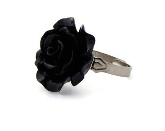 Black Rose Ring - 20mm Adjustable - Pinup, Rockabilly, Retro Fashion Jewelry - Resin Fower