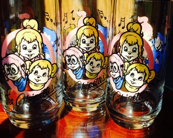 ON SALE Was 24.00 Now 18.00 / Vintage Chipettes Glasses / Collector Chipettes Glasses / 1985 Collector Chipmunks Glasses