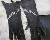 "Vintage Black Kid Skin Leather Ladies Long Gloves Capretto Italy 11"" long"