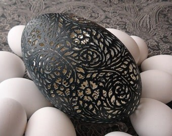 Hand Carved Victorian Lace Emu Egg: Full Floral Pattern