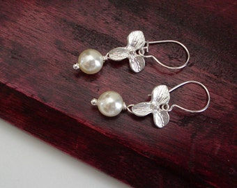 ON SALE Xmas Gifts for Wife, White Pearl Earrings, Dainty Silver Earrings, Silver Orchid Earrings, Flower Dangle Earrings, Boucle D'o