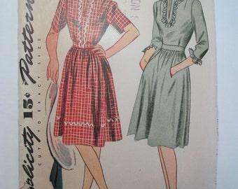 "Antique Simplicity 1940's Dress Pattern #4714 - size 32"" Bust"