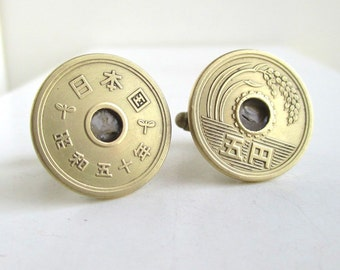 JAPAN Coin Cuff Links - Japanese 5 Yen Coins, Repurposed Vintage Coins, Gold Tone