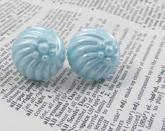 Blue Earrings that are Vintage Jewelry Earring Fashion Earrings  Plastic Circles Vintage Clasp Shell Flower