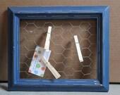 Small Blue Chicken wire picture frame memo board