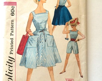 60s Simplicity 3423 Convertible Summer Playsuit - Wrap Around Skirt, Shorts, Blouse Size 11 Bust 31