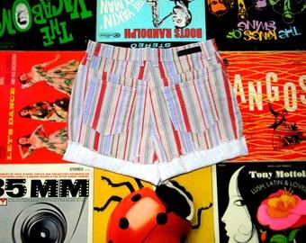 Vintage Denim Cut Offs, 90s High Waisted Striped STRETCH Jean Shorts, Cut Off, Frayed, Rolled Up, Cuffed, Gloria Vanderbilt Size 10 Medium M